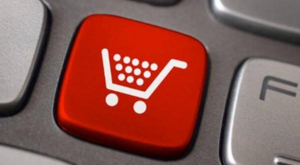 Cosa comprano gli italiani su Internet
