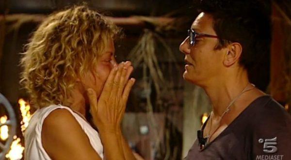"Isola dei Famosi: Raz Degan a Imma Battaglia: ""Tu ed Eva vi amate e io vi ammiro"""