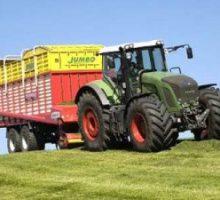 Per i  trattori nessun divieto nei giorni festivi