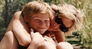 L'ultima telefonata di Lady D «troppo breve» raccontata dai figli William e Harry