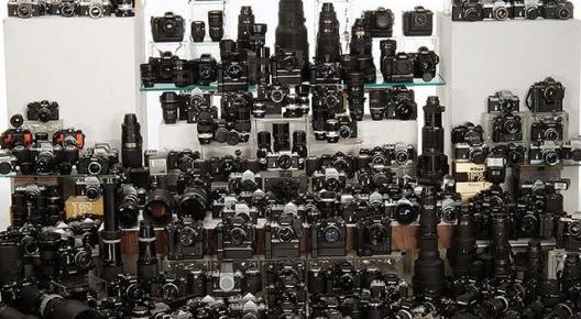 Ecco come si presenta una collezione di fotocamere Nikon da 150.000 dollari