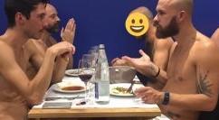 """Nudi al ristorante: apre """"O' Naturel"""", il primo locale dove l'unico coperto è il tavolo"""