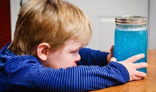 Vaso della calma: tecnica per tranquillizzare i bambini