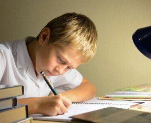 Fare i compiti: come motivare mio figlio?