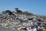 Calabria, discarica abusiva di rifiuti sotto sequestro