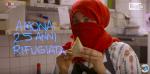"""Amona cucina le Sambusa: """"Sognavo l'Italia da bambina: per lei ho attraversato l'Africa a piedi"""""""