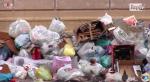 Palermo, centro storico invaso dai rifiuti. I residenti: non sappiamo differenziare