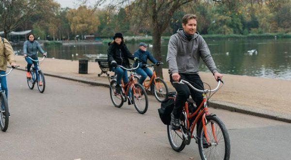 A pedalare si guadagnerà non solo in salute
