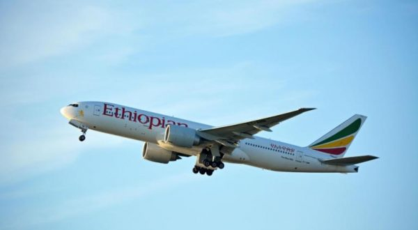 Ritrovate le scatole nere del velivolo Boeing 737-8 Max della Ethiopian Airlines