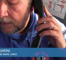 Migranti, la nave italiana Mare Jonio salva 49 persone. Le immagini dei soccorsi