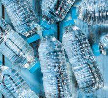 La plastica squilibra gli ecosistemi marini e inquina l'ambiente