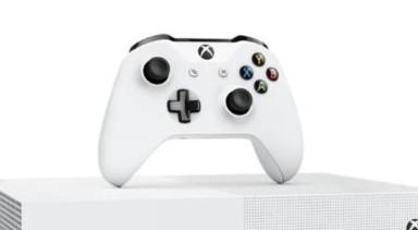 La prima console senza disco firmata Xbox disponibile in Italia a partire dal 7 maggio