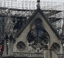 A Parigi, i colossi del lusso si mobilitano per ricostruire Notre Dame de Paris
