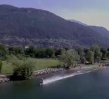 Con la moto da cross sul lago di Como, è record