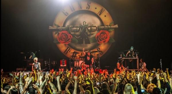 "I Guns N' Roses annullano il tour europeo: ""Proteggiamo i fan"""