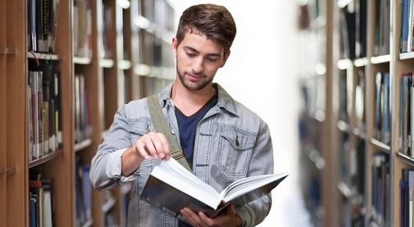 Come prepararsi all'esame di maturità? La risposta nel nuovo programma di Rai Storia