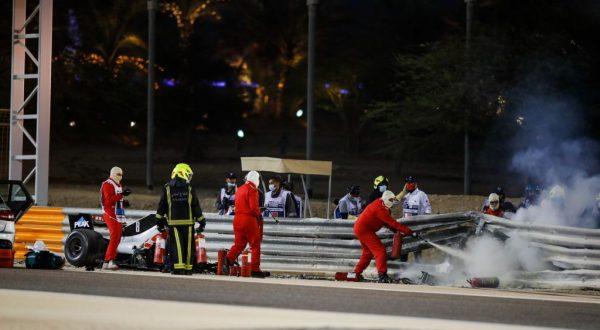 Hamilton vince anche in Bahrain, Verstappen e Albon sul podio