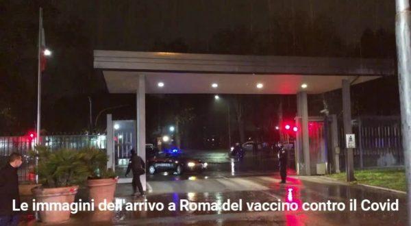 Il vaccino contro il Covid è arrivato a Roma. Le immagini