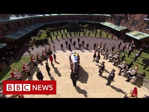 Minute's silence held for Prince Philip – BBC News