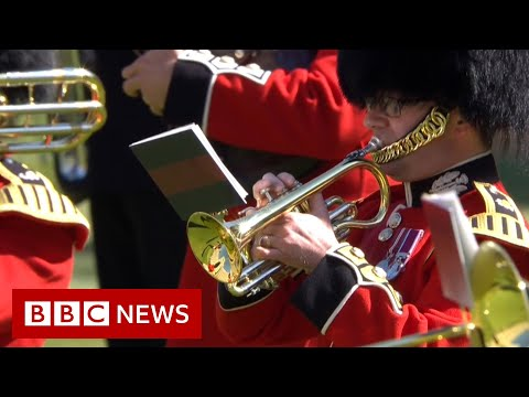 Military bands pay tribute to Prince Philip – BBC News