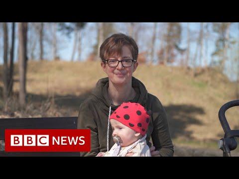 Sweden's 'broken' IVF promise to single women – BBC News