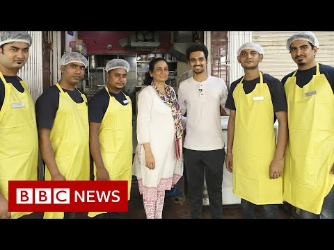 The mother and son feeding Mumbai's poor – BBC News