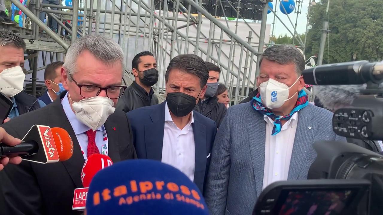 """Manifestazione antifascista, Landini: """"Qui per la democrazia di tutti"""""""